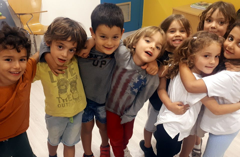 CREATIVE ENGLISH (ages 3 – 5)