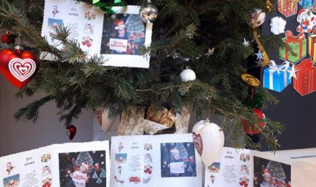CHRISTMAS A L' ESCOLA COMUNICA'T